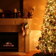 Fireplace-Christmas-tree-safety