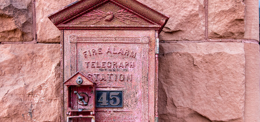 Antique-Fire-Alarm-Close-Up